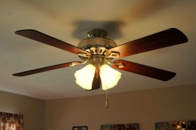 ceiling-fan-four-bulbs